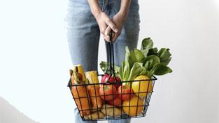 Cambiando el mundo a cucharadas: el impacto que tiene la carne, los lácteos, las frutas y las verduras en el planeta